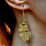 Blattrausch-Ohrring-Gold-Eiche